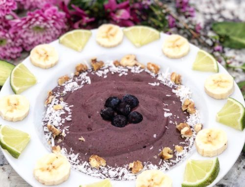 Avocado, Berry, & Açaí Superfood Protein Bowl